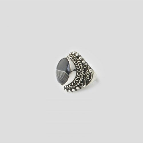Onyx silver Ring (Wire Design)
