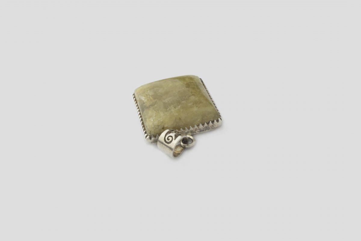 Aqura marine silver pendent