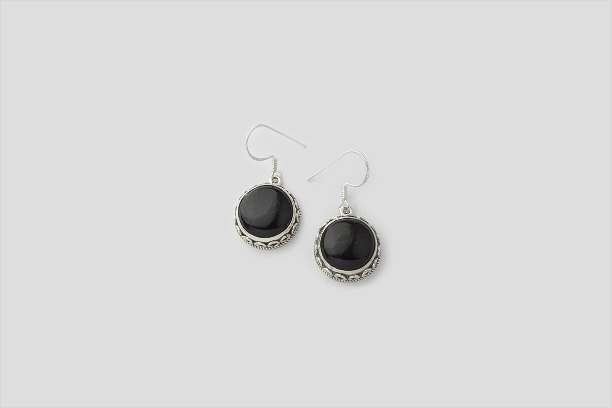 Round Black Onyx Silver earring