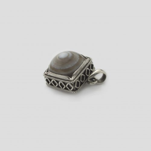 Agate Square shaped Silver Pendent (Wire Design) (1)