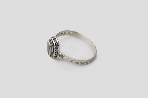 Garnet silver bracelet (Wire Design) 2
