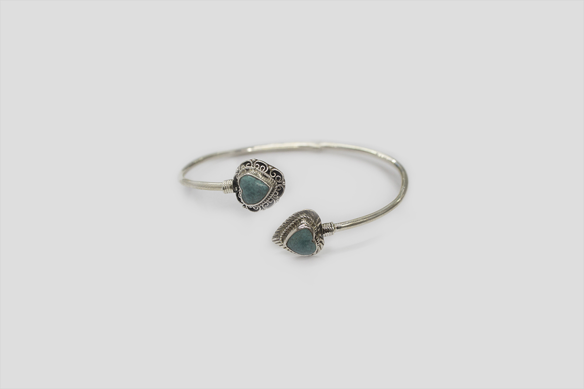 Turquoise Silver Bracelet (Wire Design)