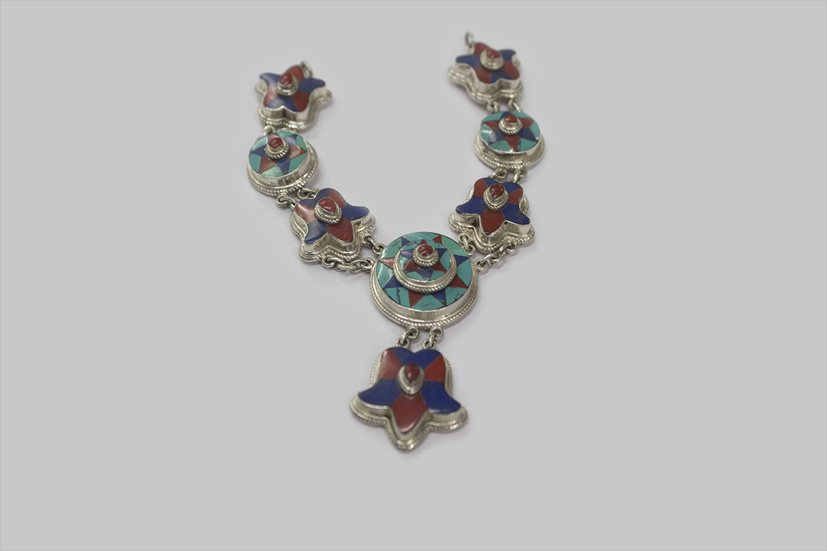 turquoise coral lapes silver Necklace